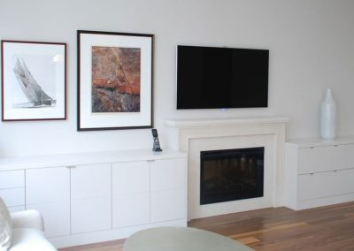 Stealth-speakers-in-family-room-system